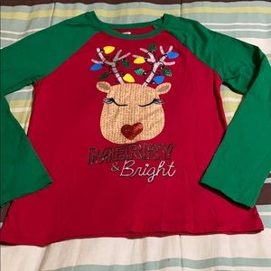 Girls Pullover Christmas Shirt. New Condition